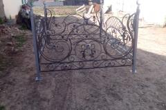 кованые ритуальные ограды на могилу
