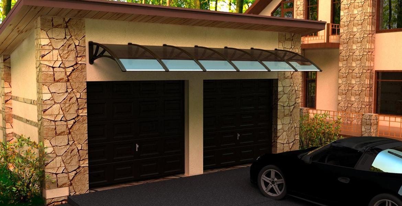 Кованый козырек над воротами гаража