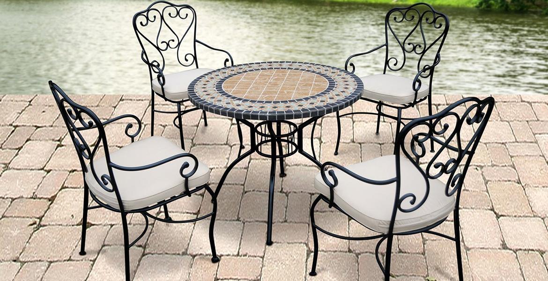Кованый стол и стулья для сада